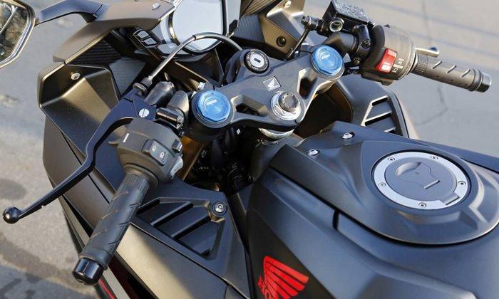 Sportynya Setang Underyoke Honda CBR250RR