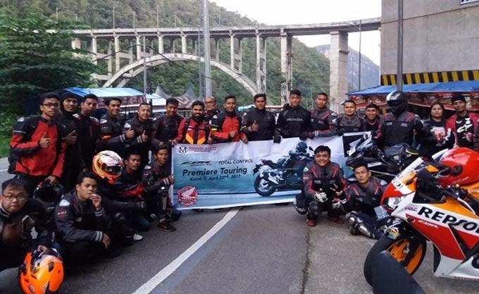 Main Dealer Sumatera Barat Gelar Premier Touring Honda CBR250RR
