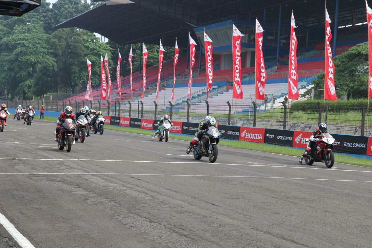 AHM Gelar Indonesia CBR Race Day 2018 untuk Para Pecinta Kecepatan