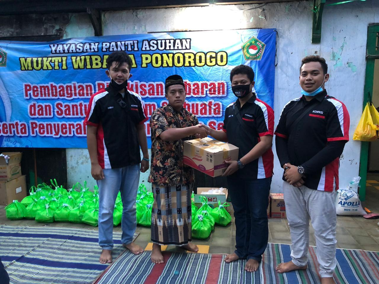 KCI Ponorogo Salurkan Bantuan Musibah Kebakaran Panti Asuhan Yatim Piatu Mukti Wibawa
