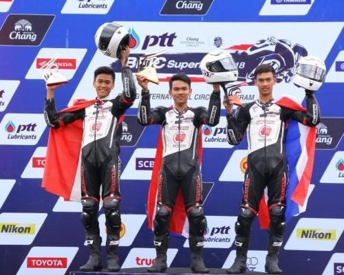 Pembalap Astra Honda Kibarkan Merah Putih di Thailand