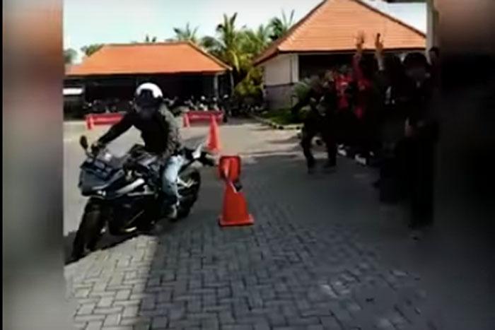 CBR Bali Turing Ke Buleleng Untuk Ramaikan Lounching Motor Sport Honda, Seru!