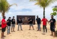 Rayakan Hari Jadi Ke-8, CCI Reg. Balikpapan Bersih-Bersih Pantai