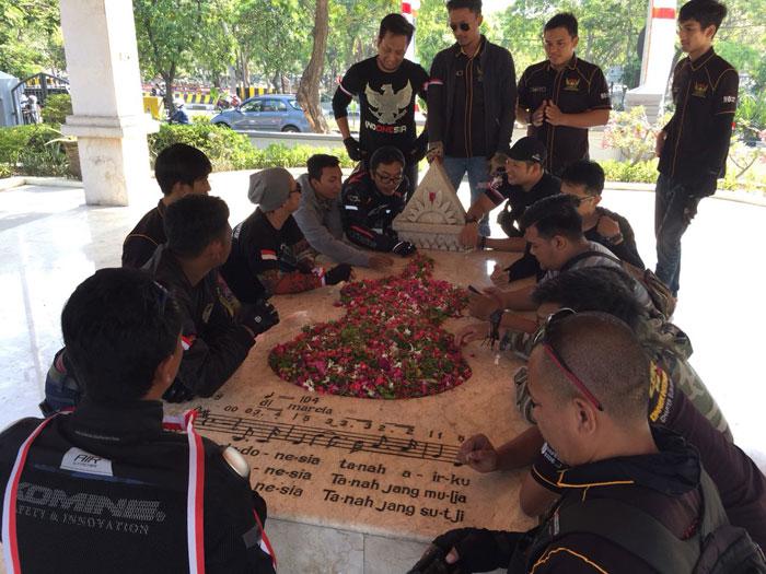 Keseruan Surabaya Honda CBR Owner Indonesia Rayakan HUT RI di Simpang Dukuh