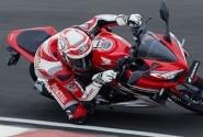 Foto-foto Aksi Keren Honda CBR150R