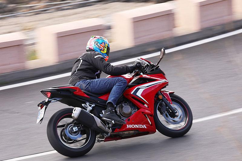 Honda CBR500R, Tegas dan Sporty