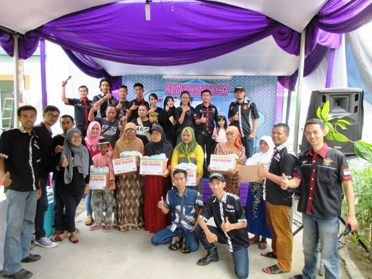 """Komunitas Honda CBR Bekasi Ikut Sukseskan Acara """"Komunitas Bersatu Peduli Yatim Piatu"""