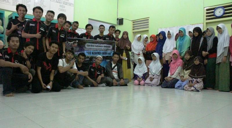 CBR Club Indonesia Regional Kebumen Gelar Baksos di Penghujung Bulan Ramadhan