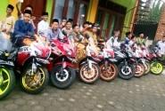 CRC (CBR Riders Cibitung) Rayakan Hari Jadinya Bersama Anak Yatim Piatu
