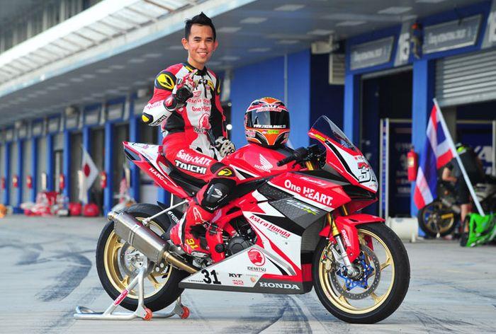 Testimoni Gerry Salim Tentang Performa Honda CBR250RR