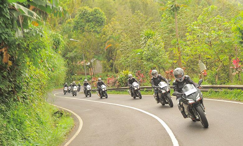 AHM Ajak Pengguna Motor Sport Ramaikan All New Honda CBR250RR Premier Touring