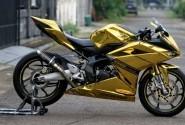 Keren Nih, All New Honda CBR 250RR Disulap Jadi Warna Gold