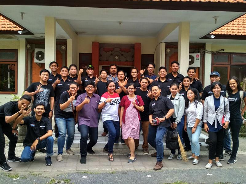 HCRC Bali Rayakan HUT RI ke-72 Dengan Baksos Ke Panti Jompo