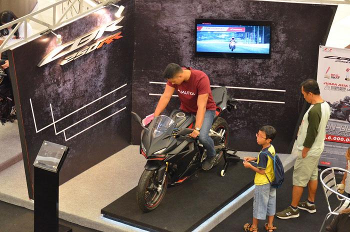 CBR 250RR Unjuk Gigi di Honda Sport Motoshow 2018 Serpong Tangerang