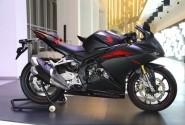 Tips Mencuci Honda CBR250RR, Perhatikan Komponen Sekitar Setang