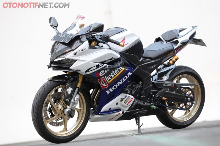 Modifikasi Honda CBR 250RR : Makin Racing Dengan Livery Honda Chesterfield