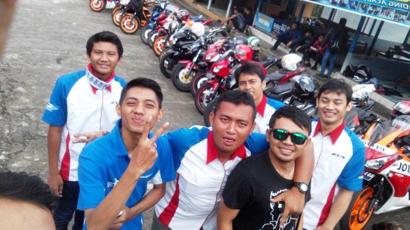 Komunitas Honda CBR Sekitar Kota Solo Sunmori Bersama ke Cemara Kandang