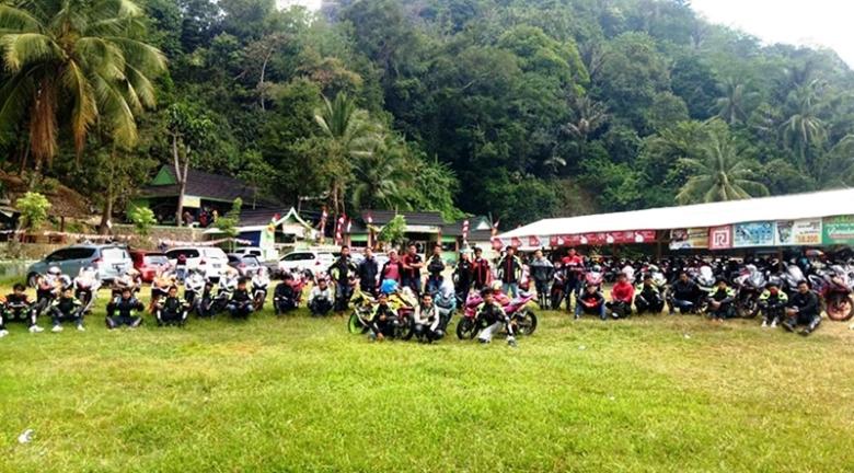 Komunitas CBR Indonesia Kopdar Wajib ke Green Canyon Karawang
