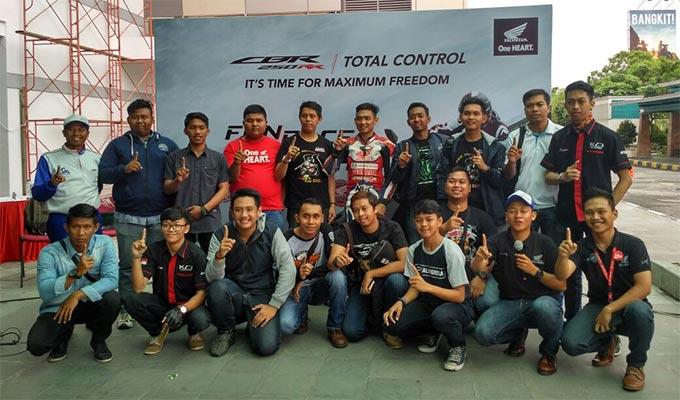 Komunitas Honda CBR Pekanbaru Meriahkan Fun Race Honda All New CBR 250RR