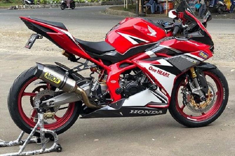 Modifikasi Honda CBR250RR, Jangan Lihat Sekilas