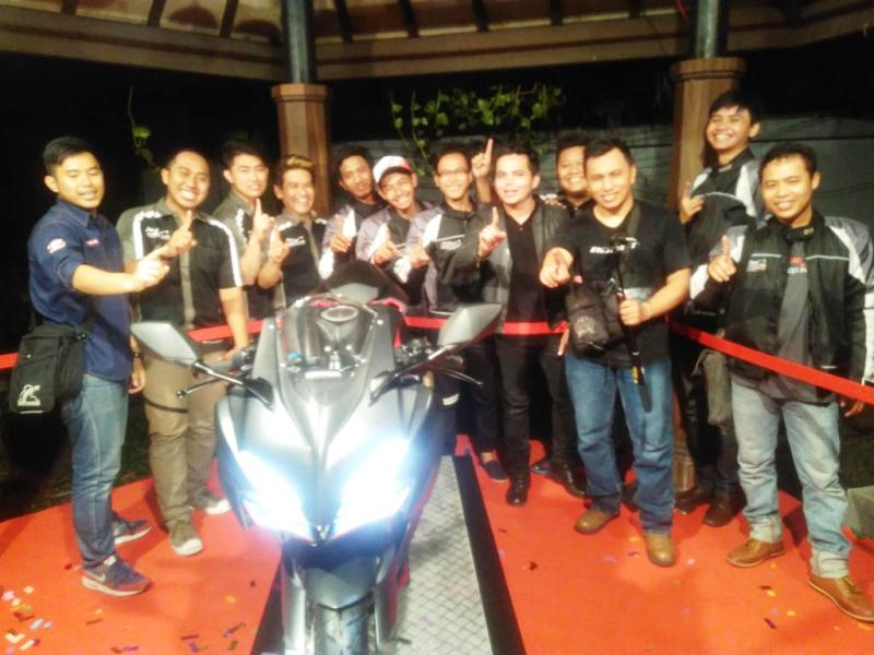 Komunitas Honda CBR Jawa Timur Ramaikan Premiere Night Gathering CBR 250RR di Surabaya