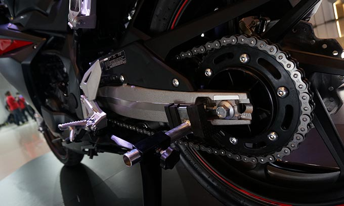 Rantai Roda CBR Harus Dirawat, Ini Caranya