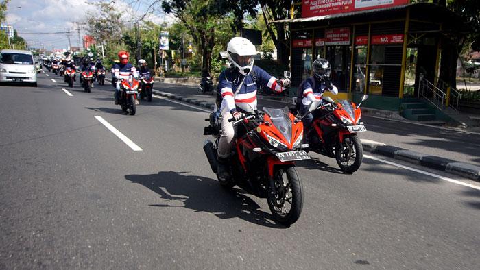 Komunitas Blogger dan Vlogger Jogjakarta Tunggangi Honda CBR 150R di Konvoi Kemerdekaan RI