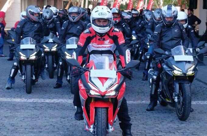 Konsumen Terpilih dan Jurnalis Diajak AHM Turing All New Honda CBR250RR di Bali