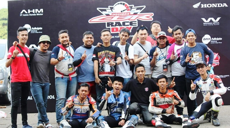 CROW Racing Team Lanjutkan Tradisi Podium di ICE DAY 2018 Seri 3