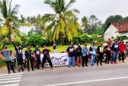 CBR Club Indonesia Region CCI Blitar Bantu Tanggulangi Covid-19 Dengan Berbagi Masker dan Takjil