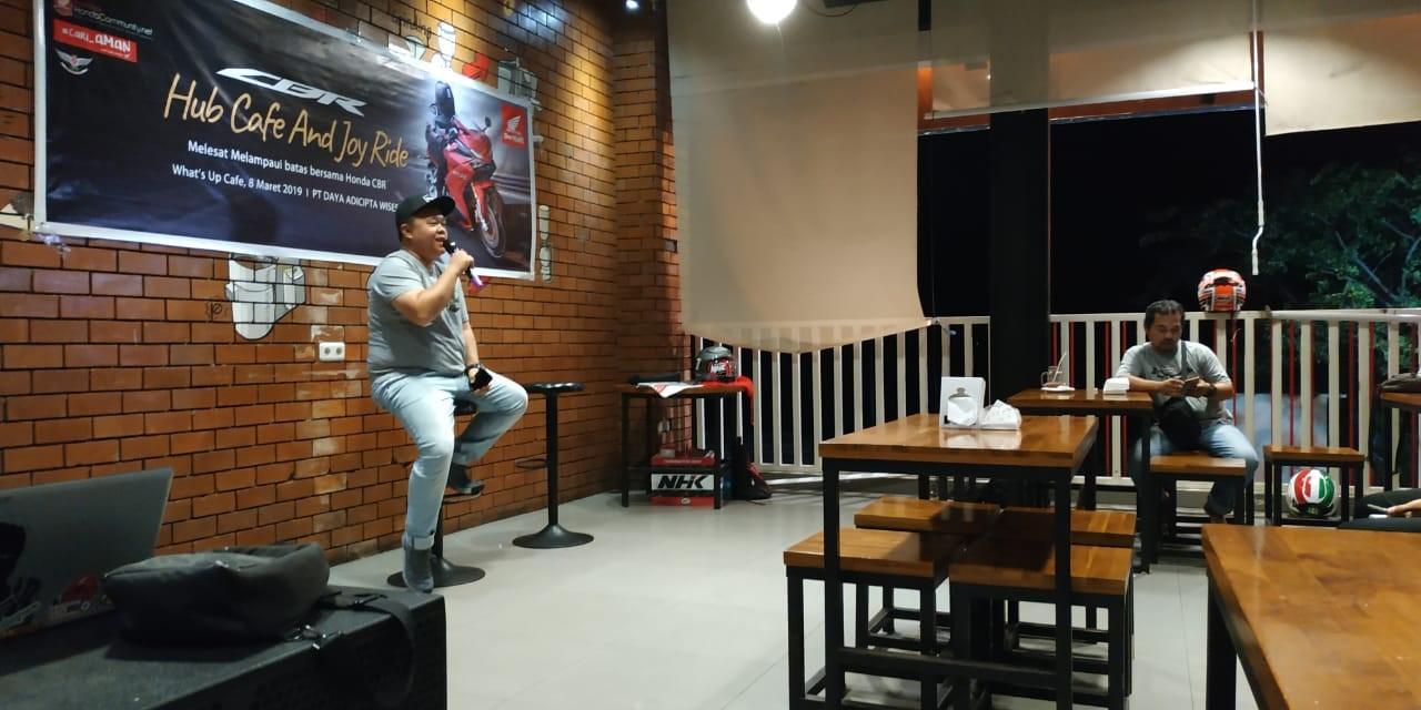 Hub Cafe And Joy Ride Manado